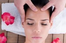 Точечный массаж лица от морщин: показания, подготовка, техника проведения