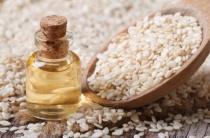 Кунжутное масло эффективное средство от морщин на лице: способы и правила применения